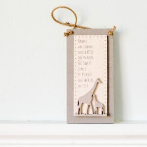 Giraffe Animal Hanging Plaque