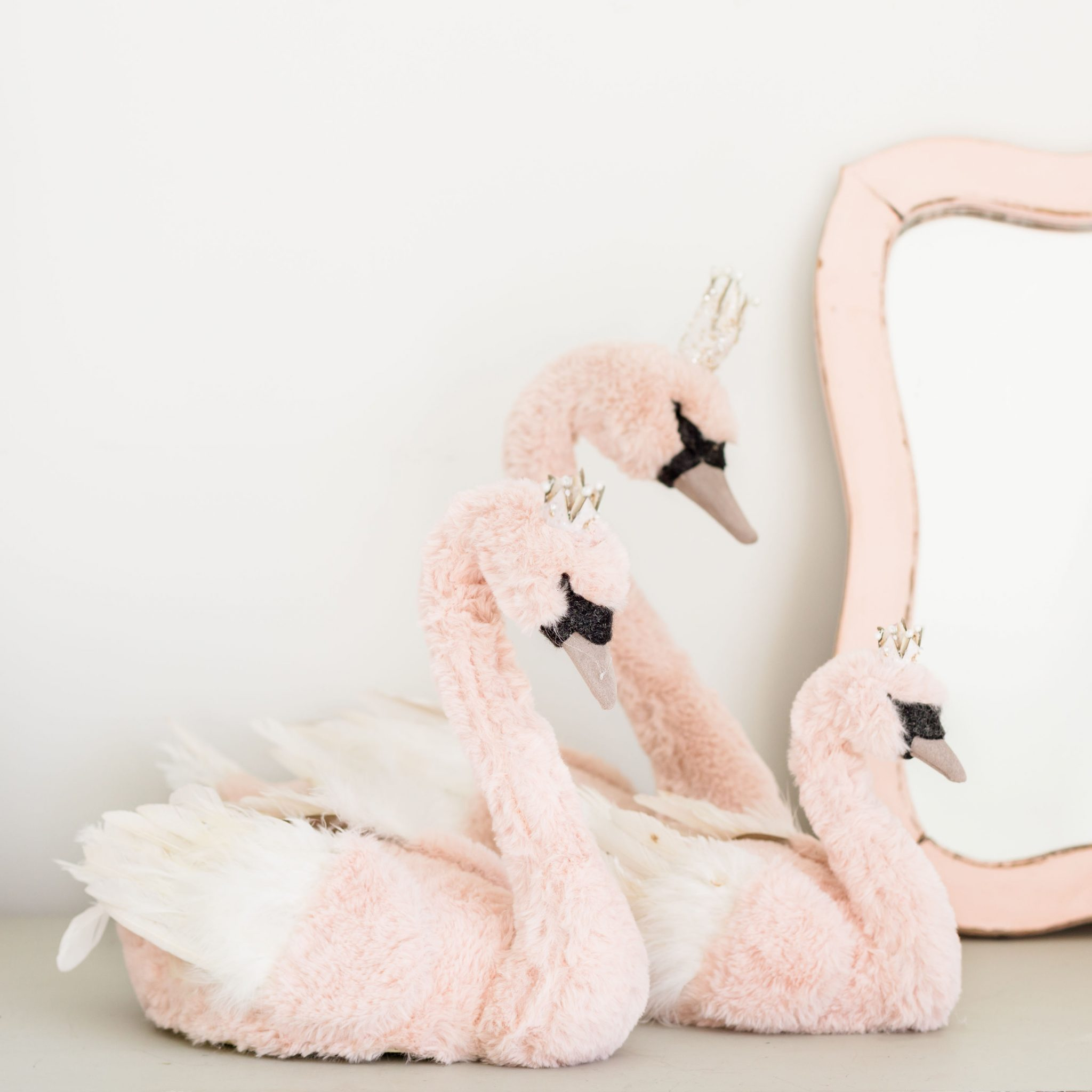 Glam Pink Fur Swan Assortment